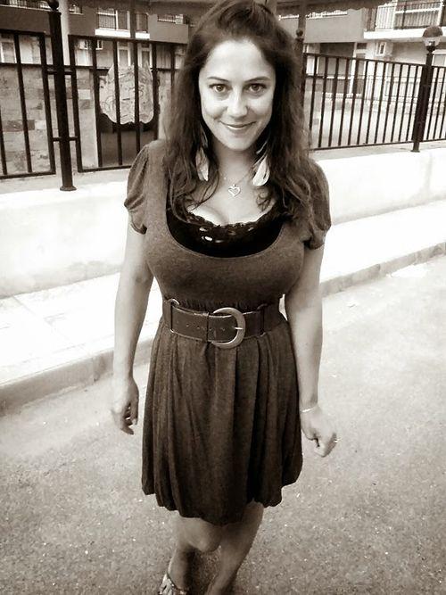 Amalia Ploszanski (19)
