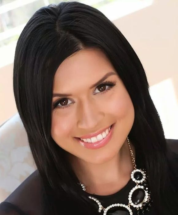 Eva Angelina a/k/a Pr0n Secretary now sells real estate in LA