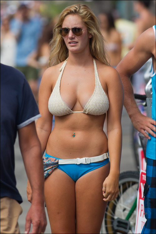 Mature Hanging Tits Pics