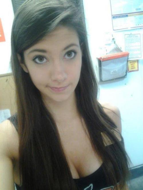 00 beau Morena adolescente 01