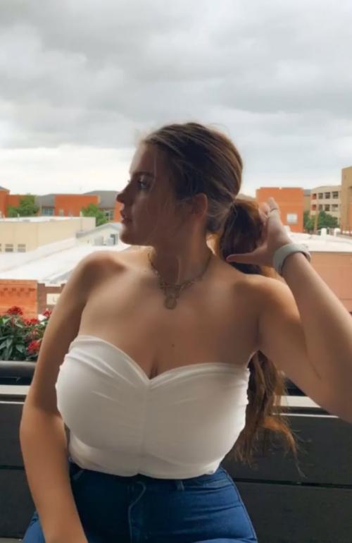 Emma (15)
